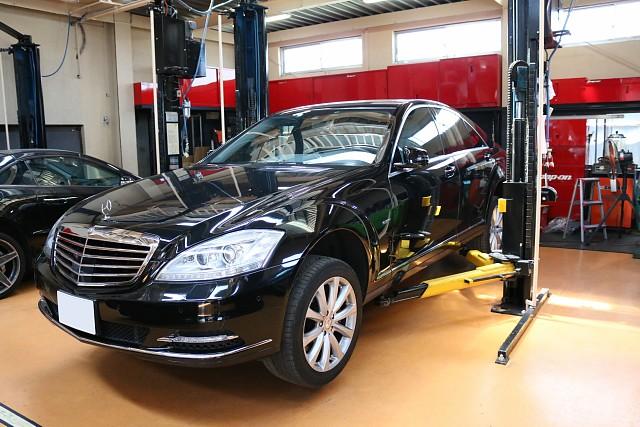 メルセデス・ベンツSクラス(W221)車検とスピードセンサー故障修理