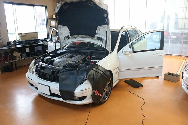 メルセデス・ベンツ C32 AMG(W203)エアコン不動で入庫