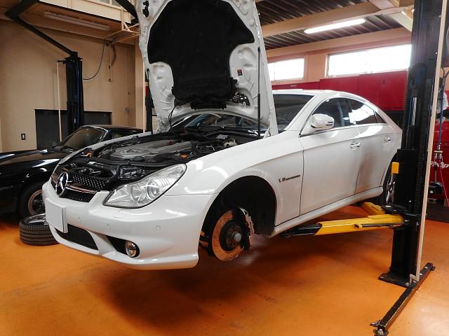 メルセデス AMG CLS55(W219)のエアサス故障修理