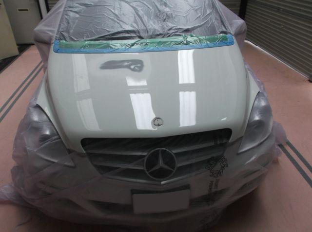 メルセデス・ベンツ Bクラス(W245)ボンネット塗装修理