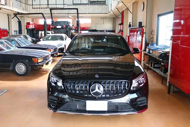 メルセデス・ベンツ GLC250の車両販売(&パナメリカーナグリル交換)