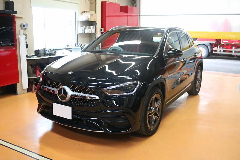 メルセデス・ベンツ 新型GLAの新車販売です。